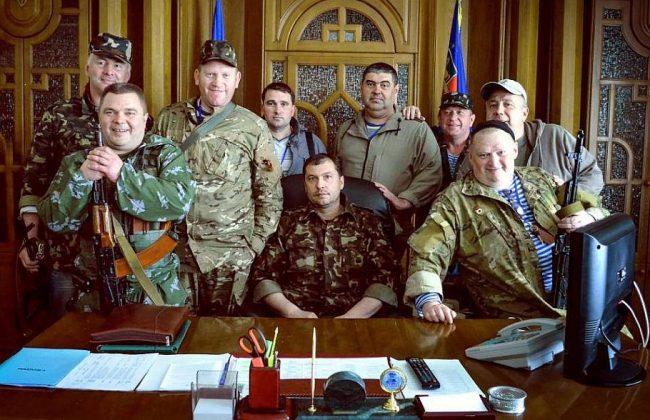 Террористы в здании СБУ Луганска